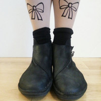Ribbon bow tattoo tights