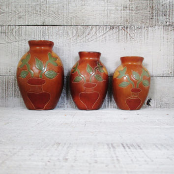 Vintage Hanging Vases Set of 3 Wall Pocket Vases Ceramic Wall Vase Vintage Stoneware Wall Bud Vase Flower Vase Boho Decor Wedding Gift