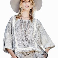 Free People Womens FP New Romantics Fringe Kimono Pullover - Natural Combo