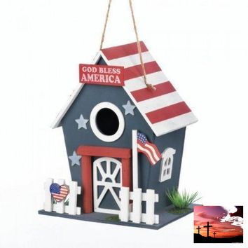 Small Patriotic Birdhouse (pack of 1 EA)