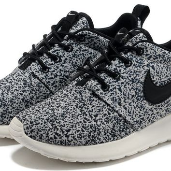 Best Nike Roshe Run Floral Women's Products on Wanelo