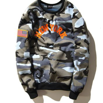 Tide brand new york printing camouflage couple sets of head sweater coat men and women Camouflage