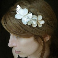 FLORAL HAIR COMB  champagne gold creme and ivory by SchickiMickis
