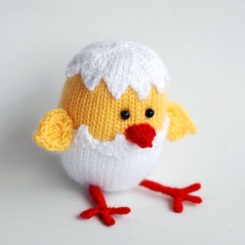 Easter chicken hatched from egg - pdf knitting pattern