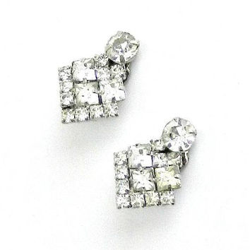 Vintage Earrings, Clear Rhinestone Earrings, 1960s Rhinestone Clip On Earrings.