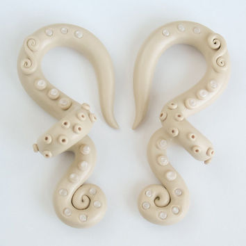 "Tentacle Gauge Earrings, Octopus Plugs 4g, 2g, 0g, 00g, 7/16"", 1/2"", 9/16"", 5/8"", Earrings for stretched lobes"