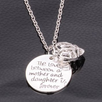 The Love Between Mother And Daughter Is Forever Hollow Heart Pendant Necklace Silver Plated Family Mom Women Jewelry Gift Charms