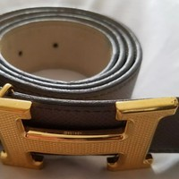 Authentic limited edition Hermes of Paris reverseable olive green belt