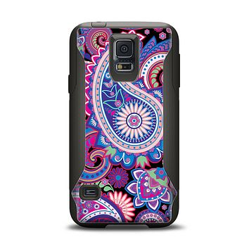 The Vibrant Purple Paisley V5 Samsung Galaxy S5 Otterbox Commuter Case Skin Set