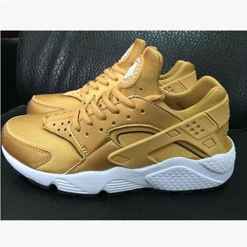 Fashion Online Nike Drops The Air Huarache Ultra Sports Shoes Yellow