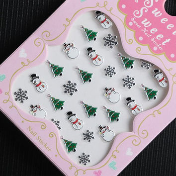 One Piece Xmas Tree and Snowman Pattern 3D Nail Sticker