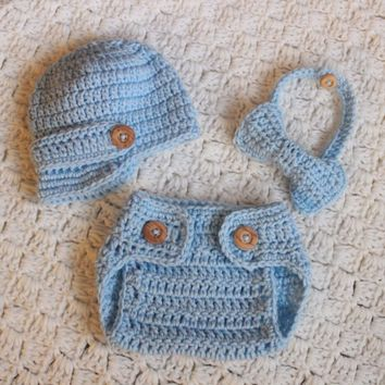 Little Man Outfit. Newsboy Hat, Diaper Cover, and Bow Tie Set