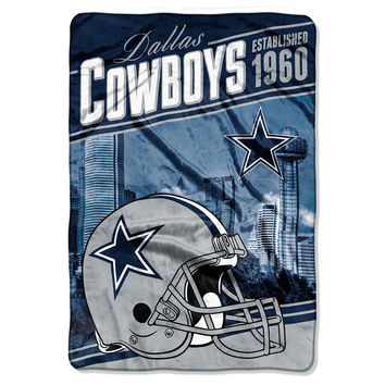 Dallas Cowboys NFL Stagger Oversized Micro Raschel (62in x 90in)