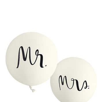 Kate Spade Mr. And Mrs. Balloon Set White ONE