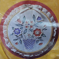 Memory Bouquet Candlewicking Kit Vintage Flower Hoop 7 inch Creative Circle c144