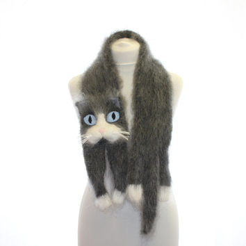 Knitted Scarf / Snowshoe Cat / Fuzzy Soft Scarf / dark grey white blue/ cat scarf / knitted cat scarf / scarf