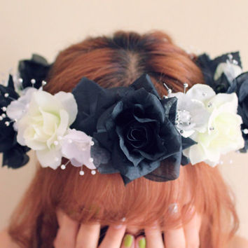 Black and White Flower Crown, White Flower Crown, Black Flower Crown, Floral Hair Accessories, Coachella Headband, Coachella Hair Accessory