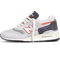 M997CSEA 'Connoisseur Explore By Sea' Sneakers Grey / Orange