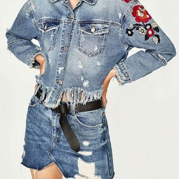 Light Blue Embroidery Floral Fringe Raw Hem Denim Jacket