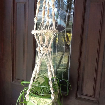 Macrame Plant Hanger, vintage white 3 ply jute newly knotted, with tan and cream wooden beads, double ring design, natural retro style