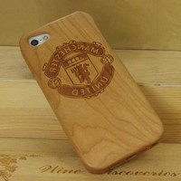 Manchester United Football Team Natural Handmade Hard Cherry Wood Case Cover Protective Shell for Iphone 5