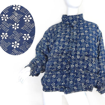 Vintage 90s Asian Inspired Women's Bomber Jacket - Size Large - Oversized Navy Blue Floral Print Cotton Short Quilted Winter Coat
