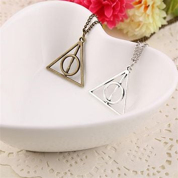 Vintage Harri Potter Pendant Necklace Rotate Deathly Hallows Friendship Valentine Gift