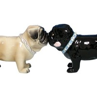 Kissing Pugs - Salt & Pepper Shakers