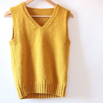 Womens Vintage Mustard Yellow Sweater Vest // Medium