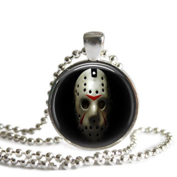 Friday the 13th Jason Voorhees Hockey Mask Necklace Silver Plated Picture Pendant Necklace