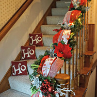 Light Up Candy Cane Christmas Garland (9 Feet) - Red Christmas Garland, Christmas Decor, Christmas Mantel, Christmas Garland with Lights