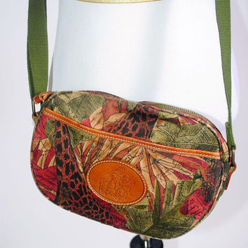 Vintage 1990s Liz Claiborne printed Canvas zip up GIRAFFE Safari zipper pocket CROSSBODY adjustable Purse bag