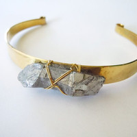 Crystal Point Bracelet - Raw Stone Brass Cuff Bracelet - Boho Hippie