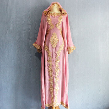Very Fancy Pink Dubai Kaftan Dress Ladies Congregation Maxi Caftan Dress Gold Embroidery Bridesmaid Wedding Caftan Dress