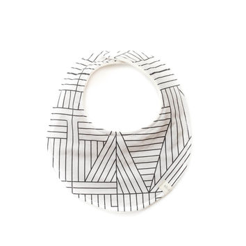 Baby Bib in Geometric Cream