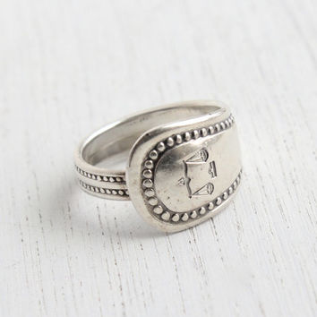 Vintage Spoon Ring - Vintage Silver Plated Signed Oneida Community Adjustable Retro Flatware Jewelry / Balance Scale