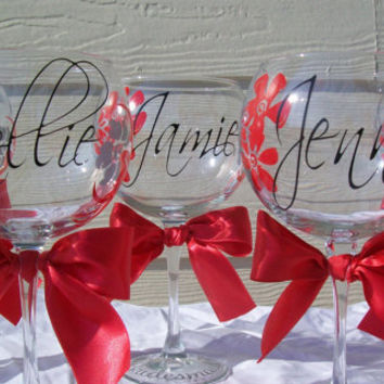 Personalized Wedding Party Wine Glasses with flowers...Set of 6