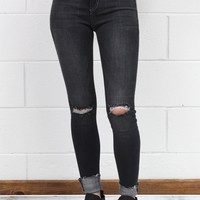 Mid-Rise Knee Distressed + Raw Hem Skinny Jeans {Medium Grey}