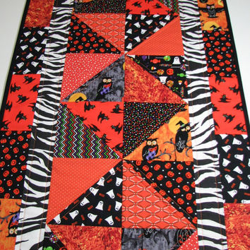 Quilted Table Runner , Halloween Table Runner , Orange/Black/White/Purple