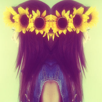 Sunflower Crown: Perfect for Festivals, Raves, and Halloween