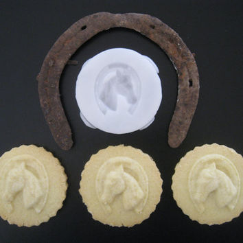 HORSE COOKIE STAMP recipe and instructions - make your own decorative cookies