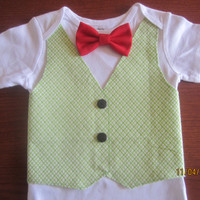Boy green white gingham vest, Boy Xmas bodysuit, Boy green bow tie onsie, boy green outfit, Boy X - mas vest shirt, Boy green vest shirt