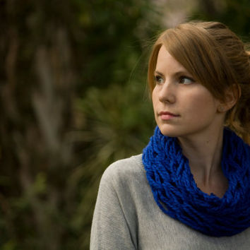 Knit Cowl, Spring Cowl, Knitted Statement Necklace, Royal Blue, Cobalt Blue