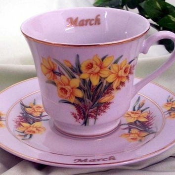 Flower of the Month Teacup - March