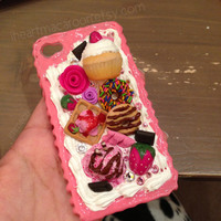 Cupcake Icecream Dessert iPhone 4 or 4S Decoden Case