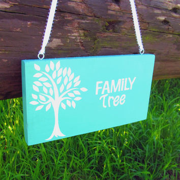 Family Tree Wall Art, Family Sign, Family Tree Sign, Wall Decor, Wood Sign, Wall Hanging, Home Decor, Hanging Wooden Sign, Colorful Wall Art