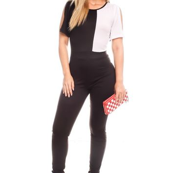 BLACK WHITE SIDE CUTOUT SLEEVES SCOOP NECKLINE CASUAL JUMPSUIT