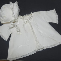1940s Vintage Ivory Baby Coat and Hat or Bonnet with Embroidery & Lace Trim, Satin Acetate with Lining, 1950s Baby, Vintage Baby Clothing
