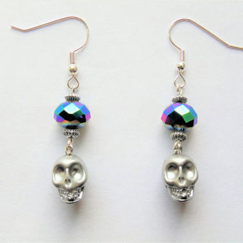 Skull earrings, skull jewellery, skeleton earrings, goth earrings, gothic earrings, drop earrings, dangle earrings, silver skull, earrings