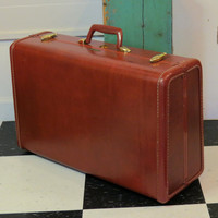 Samsonite 1950s Caramel Brown Suitcase Style 4921 . Shwayder Bros Inc . Vintage Suitcase Luggage